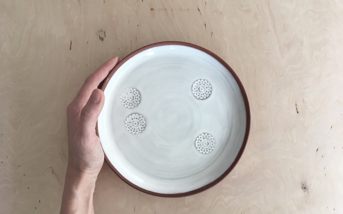 keramický talíř flower